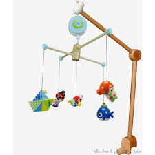 chambre b b pirate mobile musical en bois avec potence de fixation déco bébé thème pirate