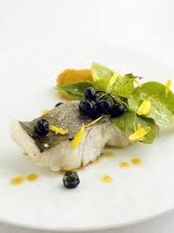 cuisiner le lieu jaune lieu jaune confit à l huile d olive purée de patates douces fumées