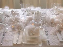 White Christmas Flower Decorations by 65 Adorable Christmas Table Decorations Decoholic