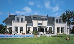 Ein Haus 1 5geschossige Häuser