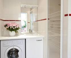 salle de bain plan de travail la salle de bains sous le plan de travail une machine à laver