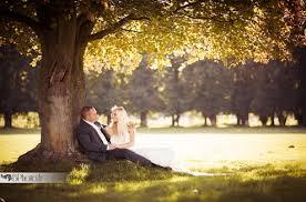 pose photo mariage l de bien poser sur vos photos de mariage
