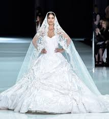 www wedding could meghan markle s wedding dress look like this ralph russo