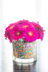 centerpieces with candy 5 ideas for summer entertaining made easy hgtv u0027s decorating