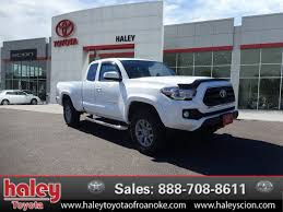 toyota trucks tacoma certified pre owned 2016 toyota tacoma sr5 truck in roanoke