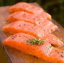 cuisiner le saumon comment cuisiner le saumon frais 5 é illustrées