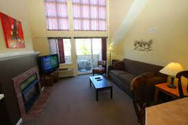 1 bedroom rentals 320 penthouse extended stays borgata lodge kelowna vacation