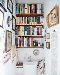 modern bathroom that embrace your love for books