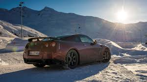 nissan gtr hd wallpaper 2015 nissan gt r in snow rear hd wallpaper 36