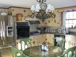 How Do You Paint Kitchen Cabinets White Reclaim Paint Kitchen Cabinets White Painted Wooden Cabinets
