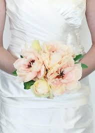 silk wedding flowers silk wedding bouquets new wedding ideas trends luxuryweddings