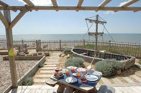 Shabby Chic Beach House Design House And Home Design - Shabby chic beach house interior design