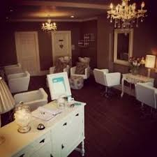 Small Hair Salon Modern White Salon Of Distinction Luxe A Boutique Salon Salon Today Salon