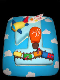 boy u0027s first birthday cake boy first birthday cake fondant airplane