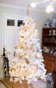 Gold Decoration For Christmas Tree by White And Gold Christmas Trees U2013 Happy Holidays