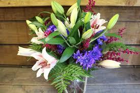 Dark Purple Vase Roped Glass Vase U0026 Flowers 3 Flowers Of Bethlehem