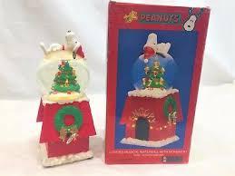 peanut christmas tree snoopy snow globe zeppy io