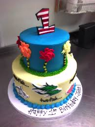 dr seuss cakes dr seuss 1st birthday cake made custom cakes