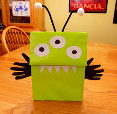 Halloween Candy Bags Craft by Easy Alien Craft Ideas For Kids Aliens Craft And Spaces