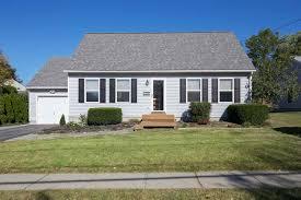 129 south essex vt real estate property mls 4664791