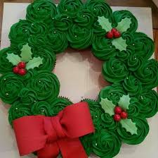 best 25 cupcake wreath ideas on pinterest christmas cupcake