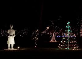 pyramid hill christmas lights what s going on at pyramid hill november on the hill means holiday