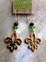 mardi gras earrings 115 best mardi gras images on mardi gras party bead