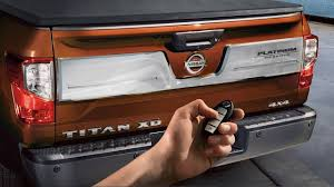2017 nissan titan photos u0026 videos nissan usa