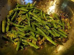 recette de haricots verts et céleri sautés