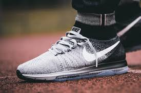 Nike Zoom All Out Flyknit nike air zoom all out flyknit running oreo