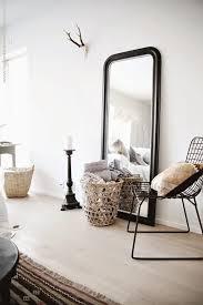 miroir de chambre sur pied grand miroir posé au sol agyasztaltv inspirations maison