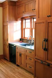 quarter sawn oak shaker kitchen cabinets pin by miley on ideas for the house mission style