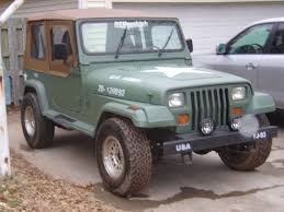 old white jeep wrangler how to spray paint your jeep and make an assault vehicle 10 steps