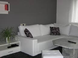 wohnzimmer farbe grau wohnzimmer kühles wohnzimmer weisse möbel welche wandfarbe