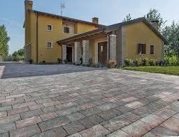 Betonella Prezzi by Attica Masselli Con Sfumature Cromatiche Tipo Pietra Favaro