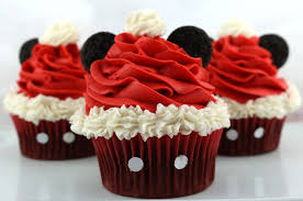 mickey mouse cupcakes mickey mouse santa hat cupcakes two crafting