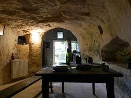 chambre d h e troglodyte touraine maisons troglodytes de forges deneze sous doue