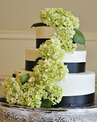 A Wedding Cake Best Ways To Use Fresh Flowers On Your Wedding Cake Temple Square