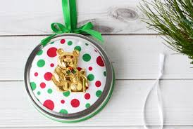 craft create cook jar ornaments with upcycled broaches
