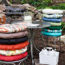 Decorative Seat Cushions Outstanding Round Bistro Chair Cushions 41 Small Round Bistro