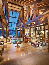 Lodge Interior Design by Best 25 Mountain Homes Ideas On Pinterest Mountain Houses Log