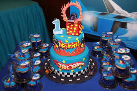 hot wheels cake hotwheels cake by xhilo on deviantart