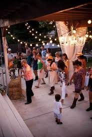 Backyard Party Lights by 15 Tips For Hosting The Ultimate Al Fresco Party Backyard
