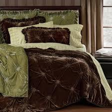 19 best velvet quilts images on pinterest velvet quilt bedroom