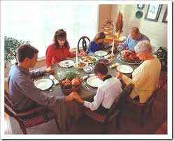 25 best the family dinner table images on dinner table