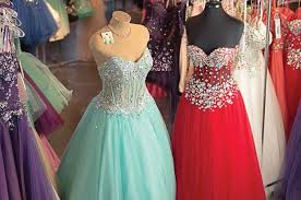 dresses shop shop for prom dresses at sodo s dolce bleu seattle magazine