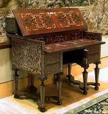 bureau marqueterie vers 1680 bureau bâti de sapin marqueterie de noyer et d