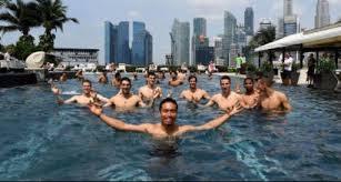 si e relax l inter si gode un po di relax in piscina sportmediaset
