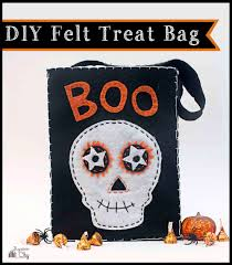 diy halloween felt treat bag bugaboocity