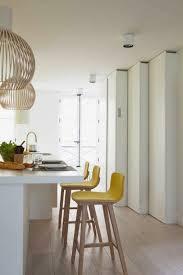 cuisine jaune et blanche cuisine jaune et blanche kalb lempereur architecture intérieure